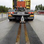 充電車道讓電動車跑得更久更遠