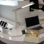Computex 2013 速報-技嘉多功能LED護眼檯燈+光碟機