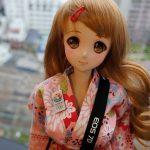 超萌的外型,細滑的質感,她是史上首款60公分互動式智慧型娃娃