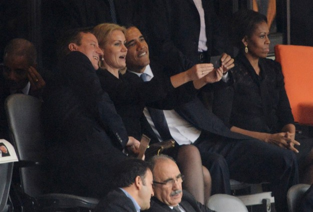 obama-cameron-selfie-nj-photoblog900-jpg20131211120123