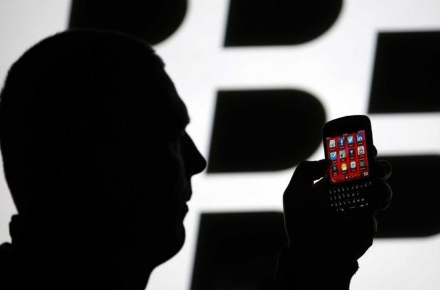 美國國防部否認採購 8 萬台 Blackberry 手機