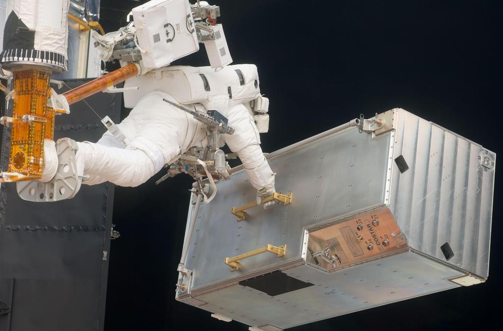 spaceman-repair