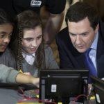 英國 Year of Code 計畫:全民拼科技與公關災難
