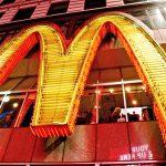 美國麥當勞總部遭包圍,多議題齊發四面楚歌