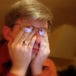 黃斑部病變導致視力出問題,手機是罪魁禍首