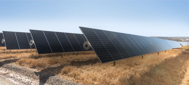 Apple_SolarFarm
