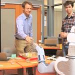 上司是機器人 工作效率更高?
