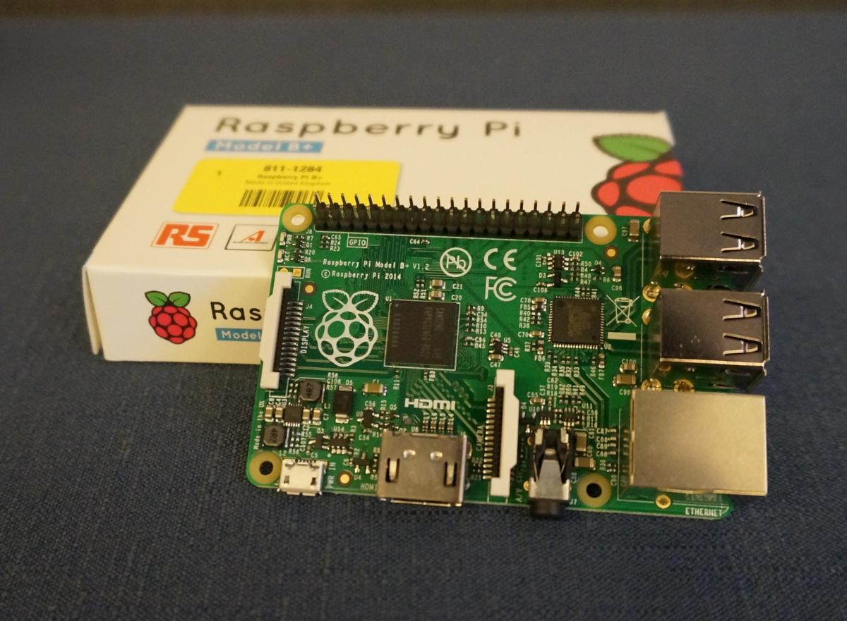 神奇的小板子-樹莓派 Raspberry Pi 介紹
