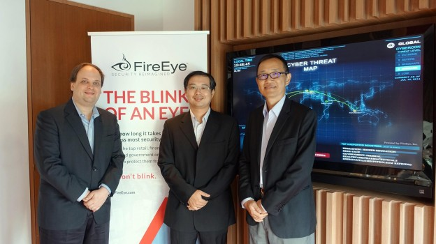 fireeye-meeting-groupphoto