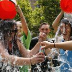 冰桶挑戰募款是如何點燃各界的熱情?