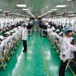 富士康手握蘋果大訂單 代工廠轉型難
