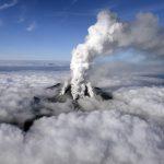 日本火山爆發釀 31 死