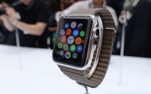 apple-watch-hands-on-sg3-820x420