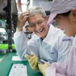 Tim Cook 訪問中國 爲 iPhone 6 保駕護航