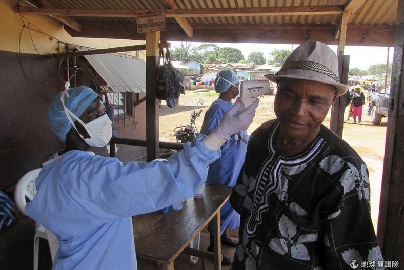 Ebola virus2