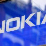 郭董再出招! 微軟宣布將旗下功能手機事業以 3.5 億美元售鴻海