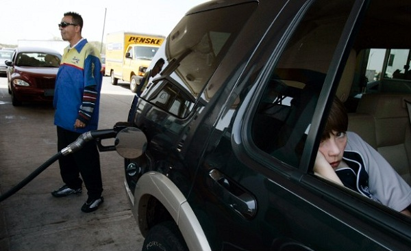 141103135704-oct-gas-jeep-main-620xa