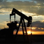 沙烏地阿拉伯開第一槍,美頁岩油產業撐得住低油價?