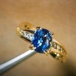 藍寶石暫時上不了 iPhone,但取代鑽戒當訂婚戒正夯