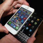 爭取 iPhone 使用客群,黑莓重金「挖角」促換機
