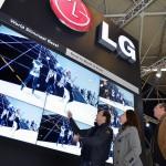 LG 崛起!電子看板市佔從老四變老二、進逼龍頭三星