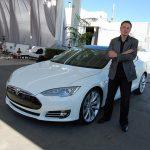 特斯拉與 BMW 洽談合作,擬發展碳纖維、電池技術