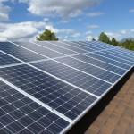 美太陽能 2 大廠各顯神通,策略性投資進軍住宅太陽能市場