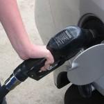 跌破 3 美元時代,美汽油零售價出現 2 美元有找低價