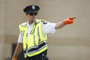 1024px-090610-Minneapolis-Traffic-Officer-1