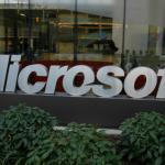 微軟來自未來的科技:AutoCharge 自動偵測手機並用光線充電