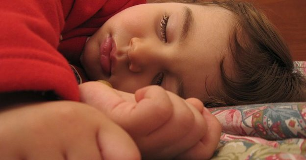 A_child_sleeping-624x4684