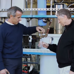 處理器將排泄物轉化為飲用水,比爾蓋茲當場喝給你看