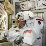 太空人教你在太空要怎麼上廁所