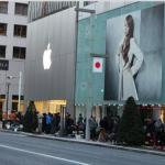 為了搶蘋果專賣店限量福袋,日本果粉用生命在排隊