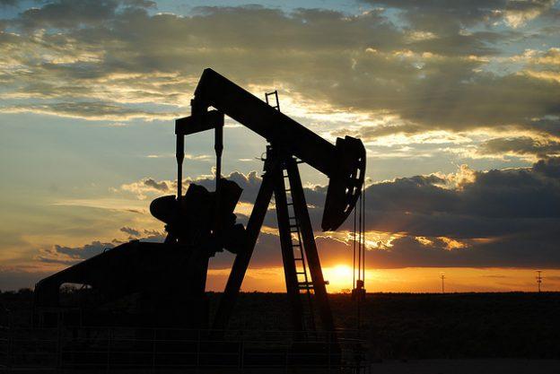 oil pump。取自FLICKR Paul Lowry