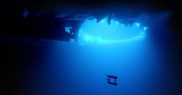 sn-submarineH AUV robot