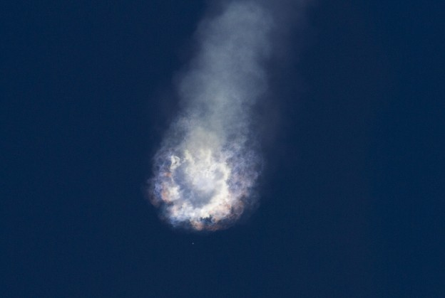 spacex explosion 20150629