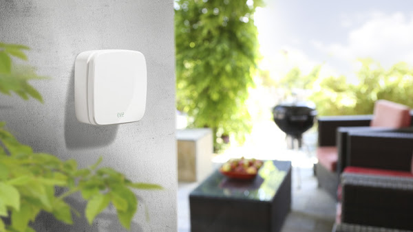HomeKit 首波產品上市,用 Siri 來控制家中照明、溫度