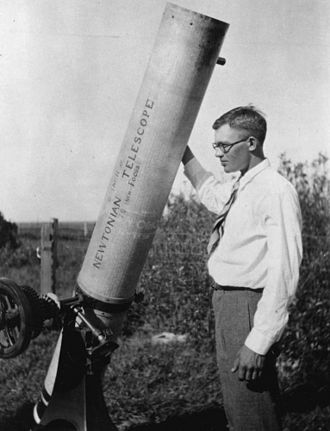 Clyde_W._Tombaugh.jpeg