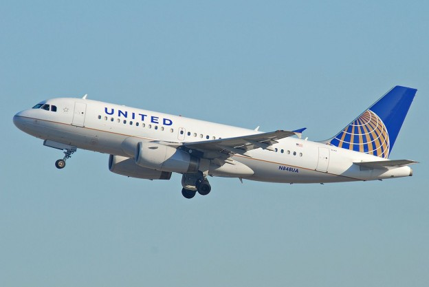 United_Airlines_Airbus_A319-132