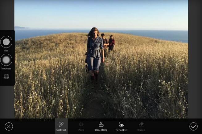 平板電腦也可以修圖了!Adobe 推 iOS 平台完整版 Photoshop