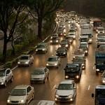 經濟成長趨緩、股市震盪,中國 7 月汽車銷售創新低