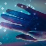 最新仿生義肢能用意念控制外 首度能回饋使用者被碰觸的「感覺」