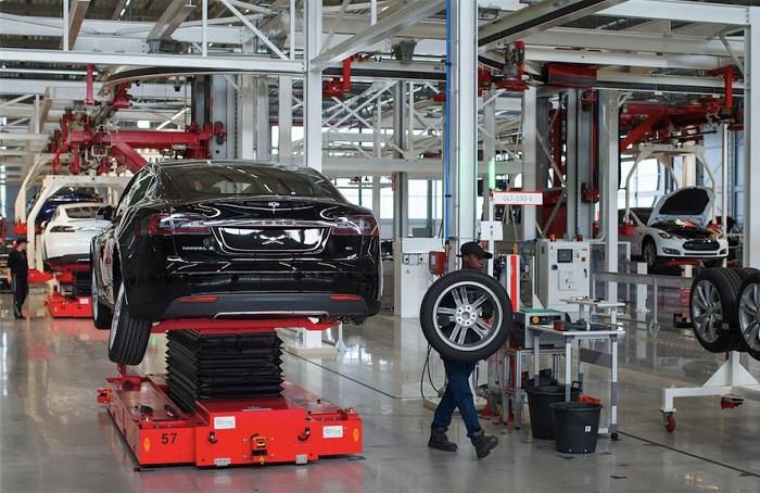 Tesla Factory_huxiu101602