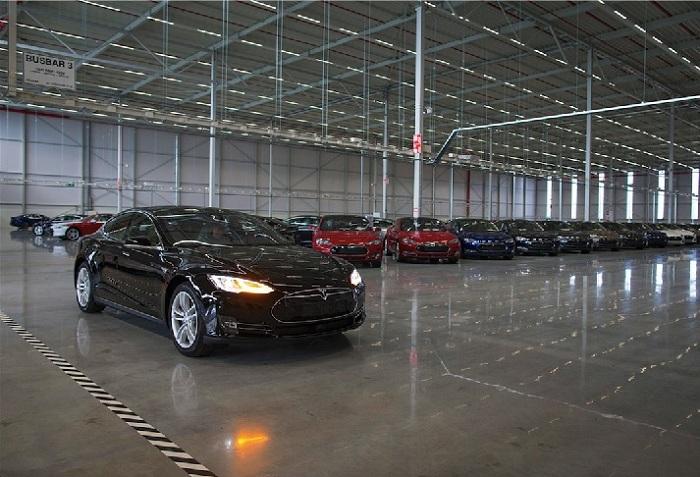 Tesla Factory_huxiu101605