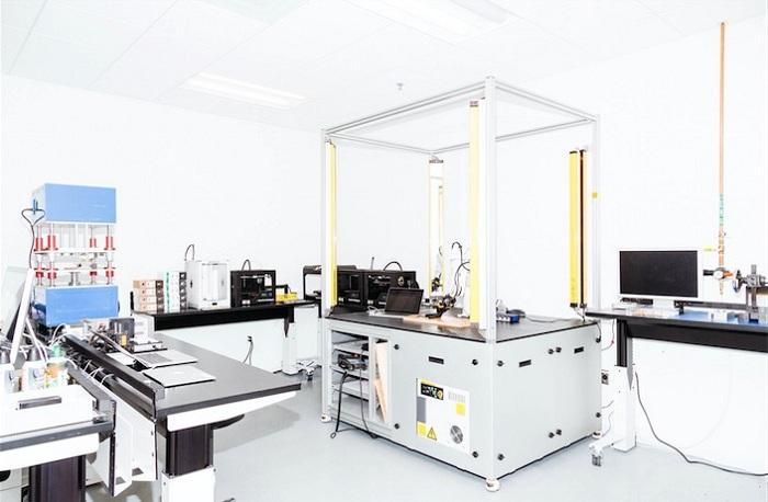 iMac laboratory_huxiu101601