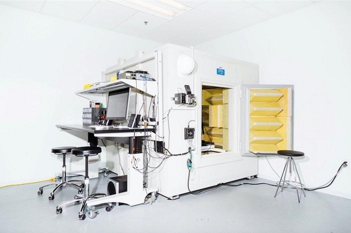 iMac laboratory_huxiu101609