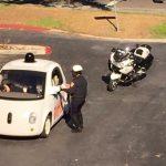 行駛速度太慢?Google 無人自駕車遭警方攔查