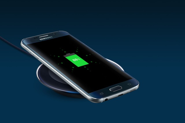 galaxy-s6-wireless-charging-pingwest1229