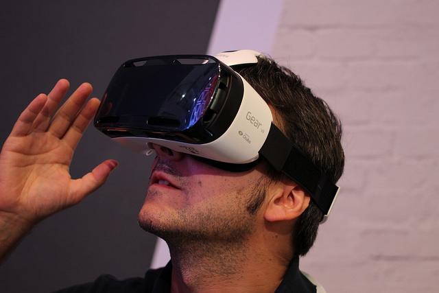 用VR 装置看色情影片什么样的体验? | TechNews 科技新报